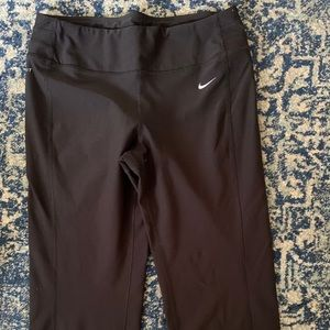 Nike Dry fit cropped yoga pants